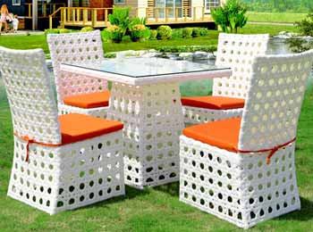 Outdoor Dining Sets Manufacturers and Supplier in Meerut