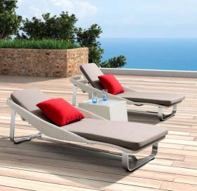 Outdoor Day Beds Manufacturer in Delhi
